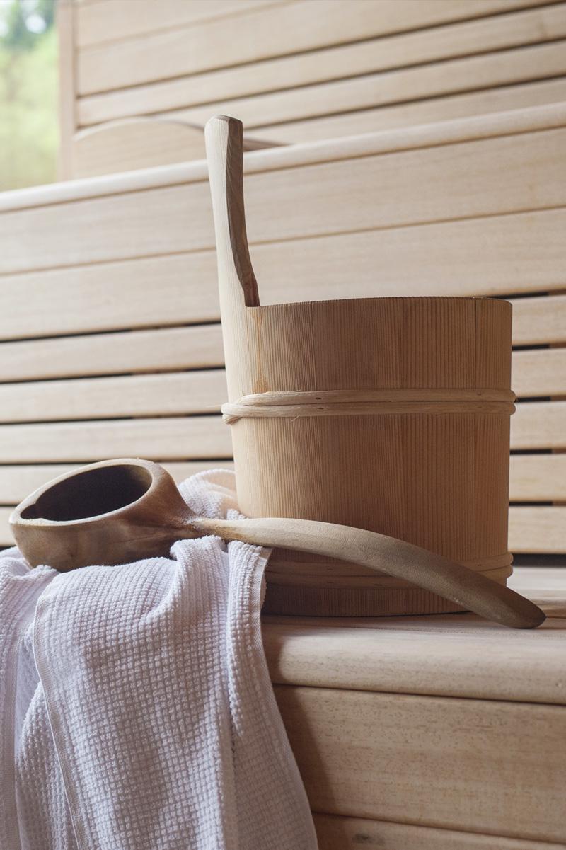 DAS.GOLDBERG Night Spa steht Ihnen und Ihrem Partner die gesamte Saunawelt inklusive Außenwhirlpool alleine zur Verfügung