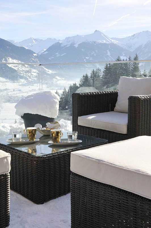 Auch im Winter eine Tasse Kaffee auf unserer einmalig schönen Terrasse