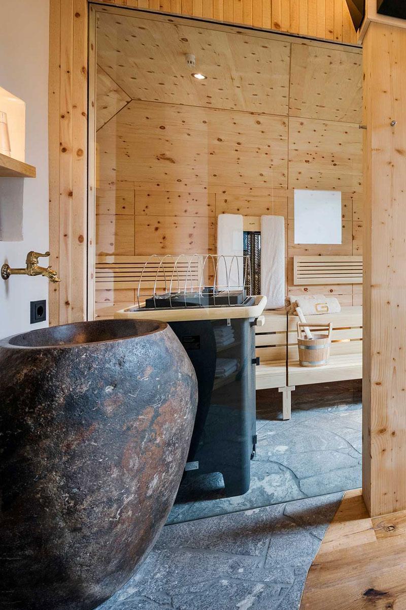 Eigene Sauna mit Wahlmöglichkeiten (Finnische Sauna / Saunarium / Infrarot)